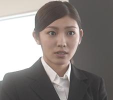 <東山 真美>役 立石 晴香(たていし はるか)
